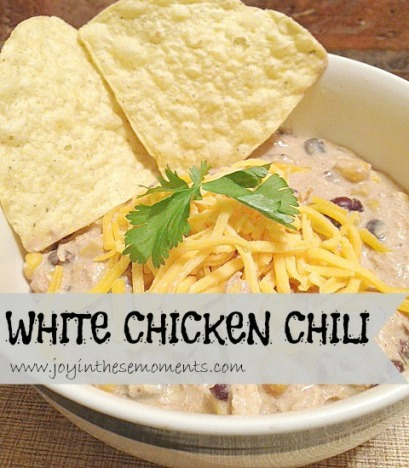 White Chicken Chili @joyinthesemoments.com