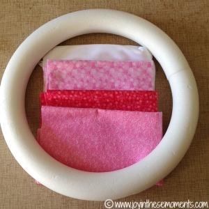 DIY Valentine's Day Wreath @joyinthesemoments.com
